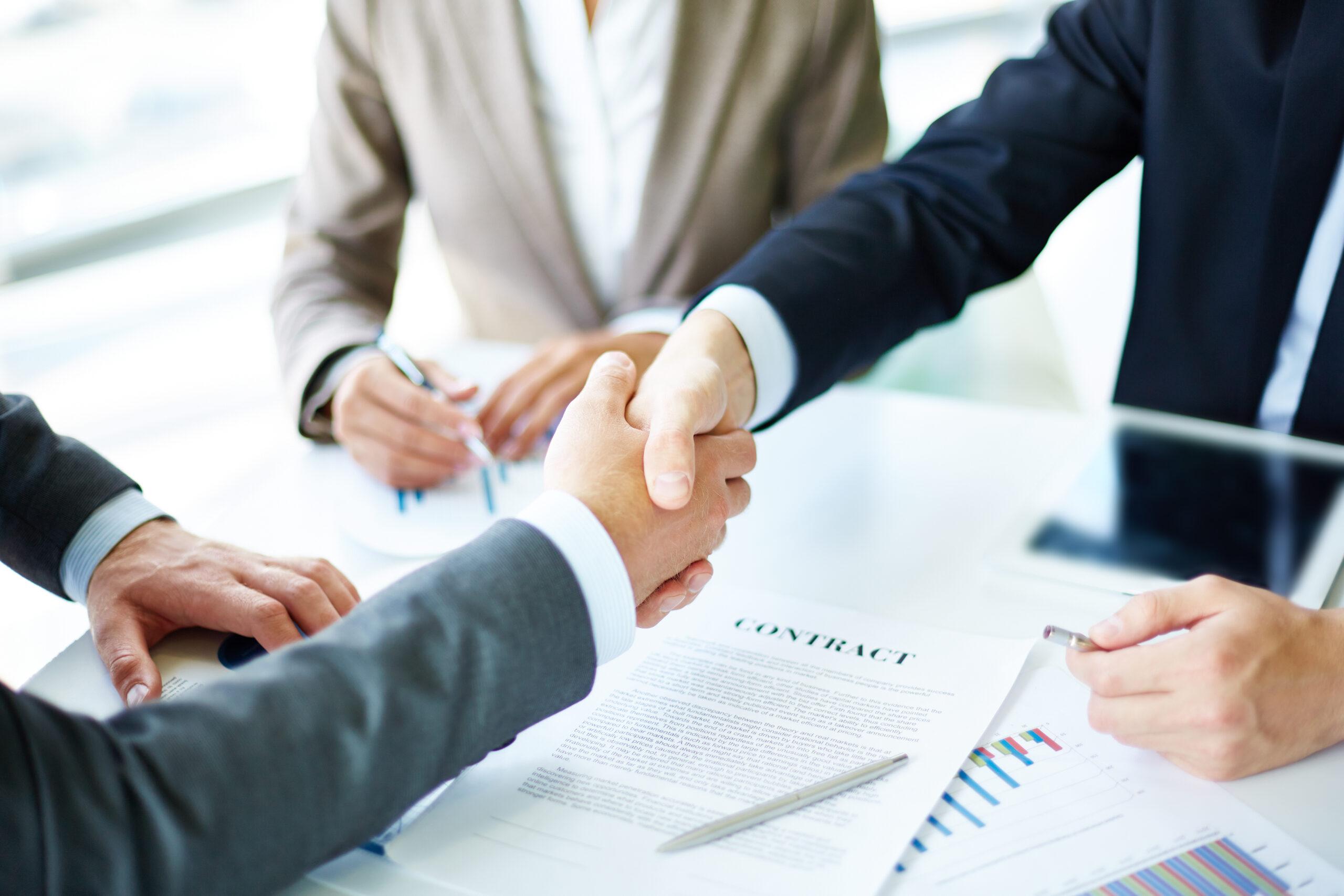 Договір ЦПХ з працівниками та його правомірність