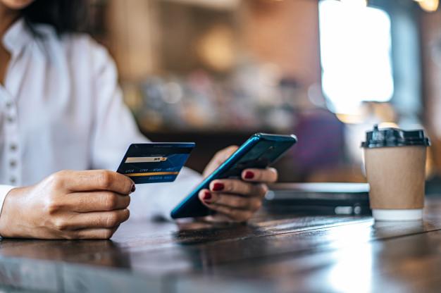 НБУ  сприяє  розширенню використання корпоративних  карток