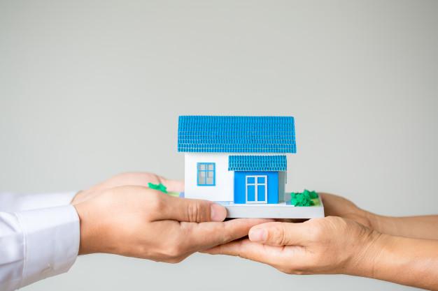 Іпотечну податкову знижку отримує лише позичальник
